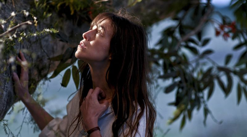 Charlotte Gainsbourg dans l'arbre
